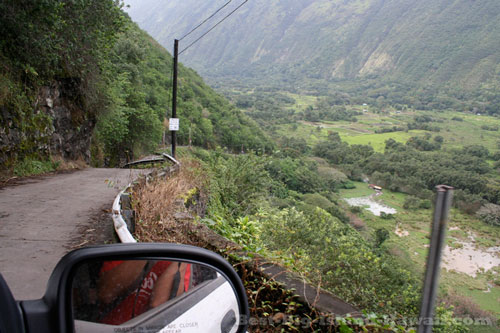 Waipio Valley Hawaii Road